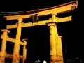 The great torii of Itsukishima shrine:厳島神社の大鳥居