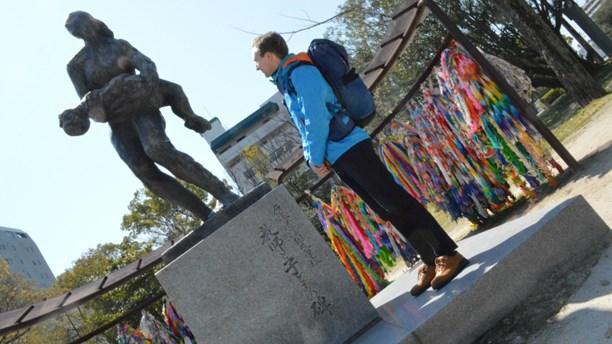 Talking in Swedish radio about Hiroshima and Nagasaki